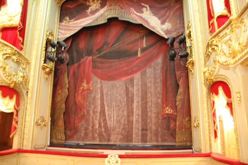 Yusipov Palace - Theatre - Stage