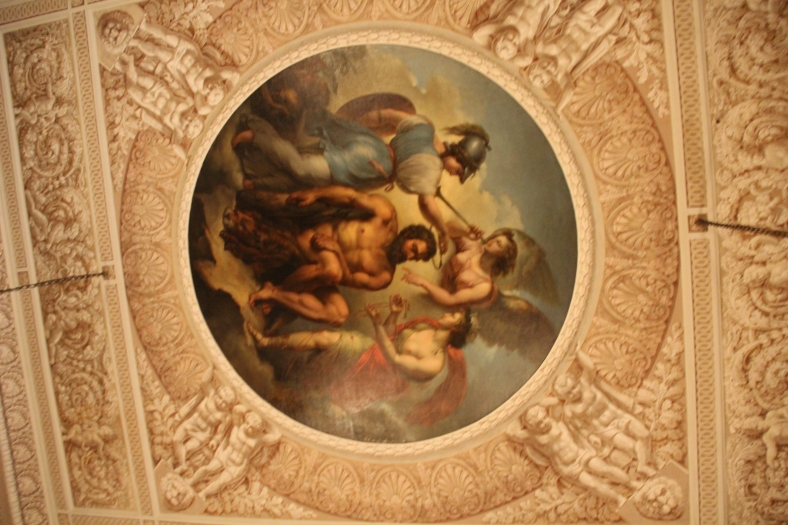 Yuspov Palace - Theatre - Ceiling