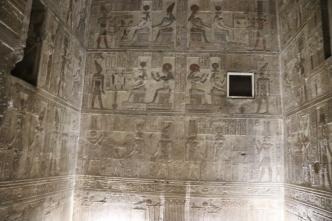 Denderah Temple (7)