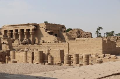 Denderah Temple (2)