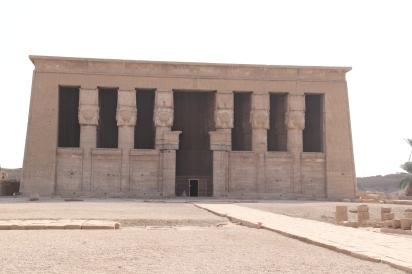 Denderah Temple (1)