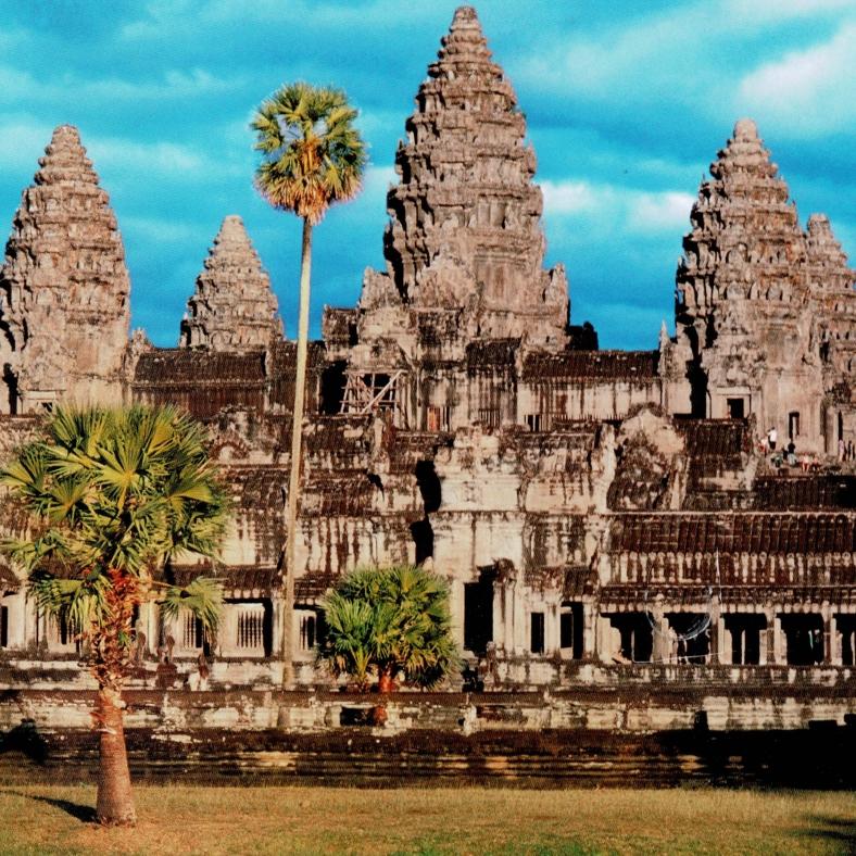 cropped-181222-Ankor-Wat_20181222_164805