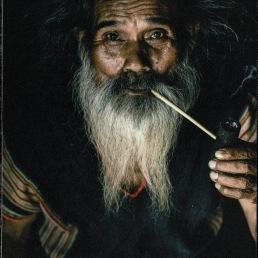 Old Man Smoking_20190219_091134